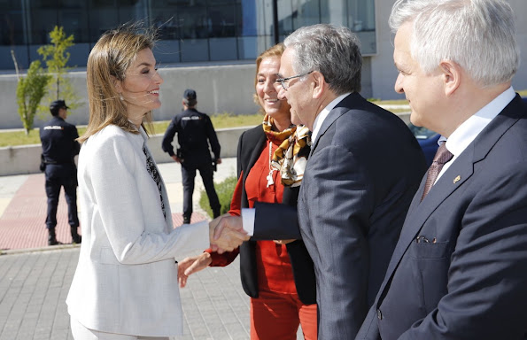 Queen Letizia of Spain visited the Research Institute of Food Science at the Autonoma University style, fashions wore dresses