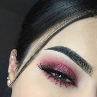 sombras de ojos color rosa claro