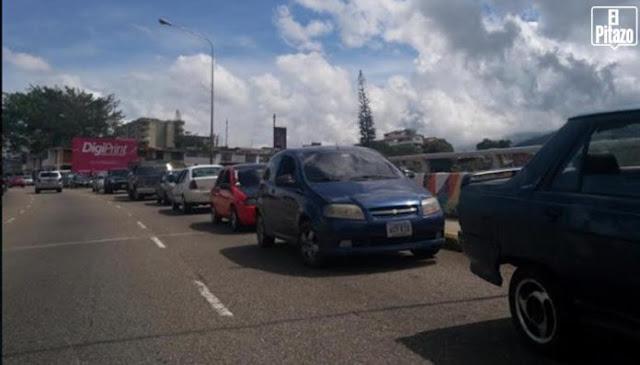 Paralizadas ambulancias de Protección Civil y Bomberos en Táchira por falta de combustible