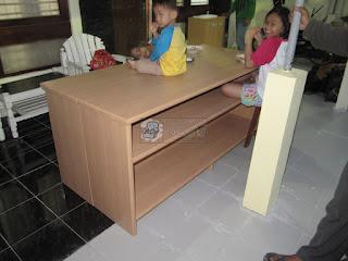 Furniture Untuk TK/PAUD - Meja dan Wastafel