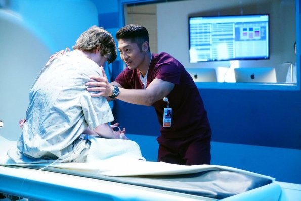 """chicago med episode 505 got a friend in med promotional photo 10 595 - Chicago Med (S05E05) """"Got a Friend in Me"""" Episode Preview"""