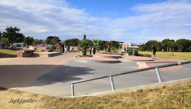 skate park lanester bretagne