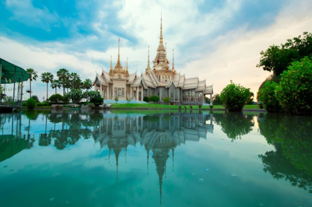 Vacation to Thailand: guaranteed change of scenery !