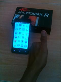 Hp Andromax R yang saya gunakan untuk online. Sekarang sudah pensiun. Dokpri