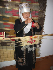 kyrgyzstan tours 2014, kyrgyz art craft, central asian tours