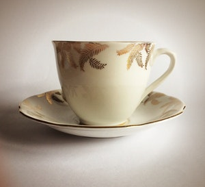 Vintage Tea Cup Soy Candle White and Gold