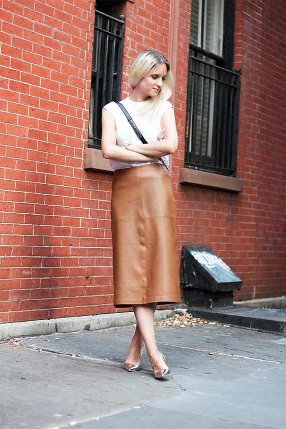 falda recta piel color cuero
