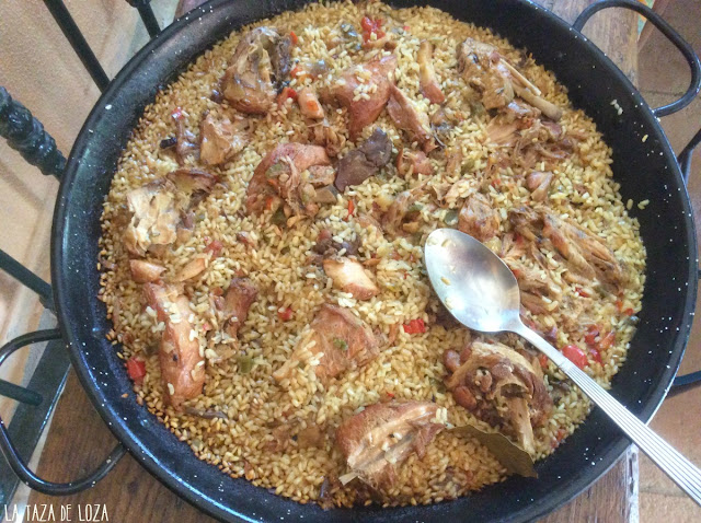 pollo-de-campo-con-arroz-en-paella