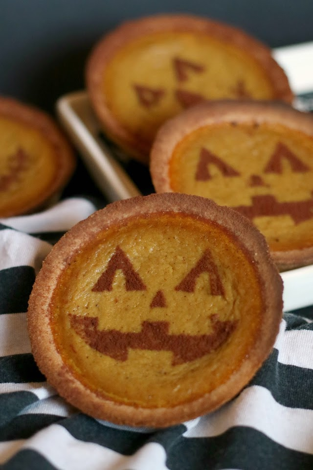 Easy Mini Pumpkin Tarts