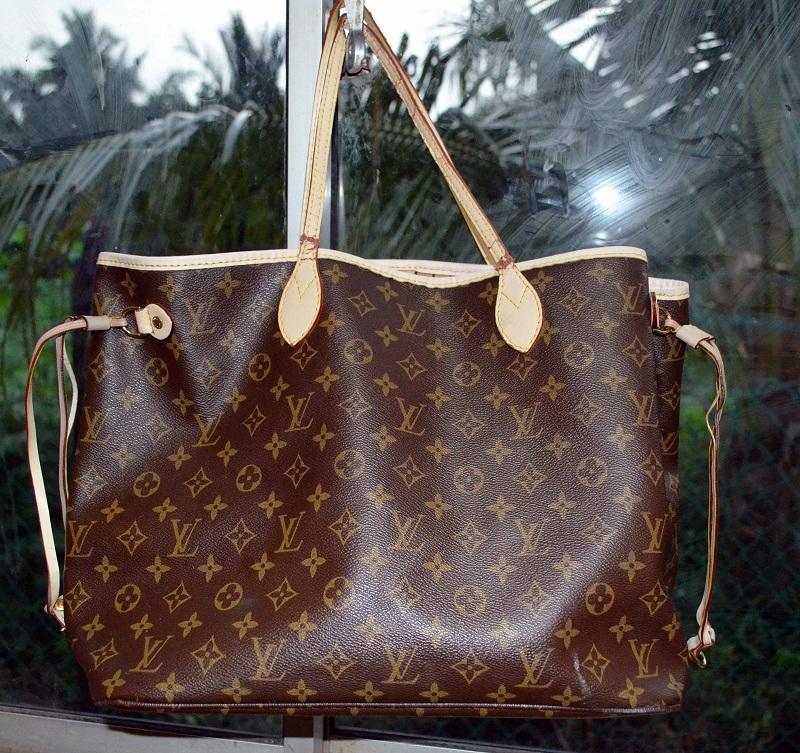 White trash authentic leather louis vuittons bag sold - Louis vuitton trash bag ...