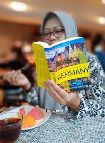 Kisah di Jerman karya Gana Stegmann
