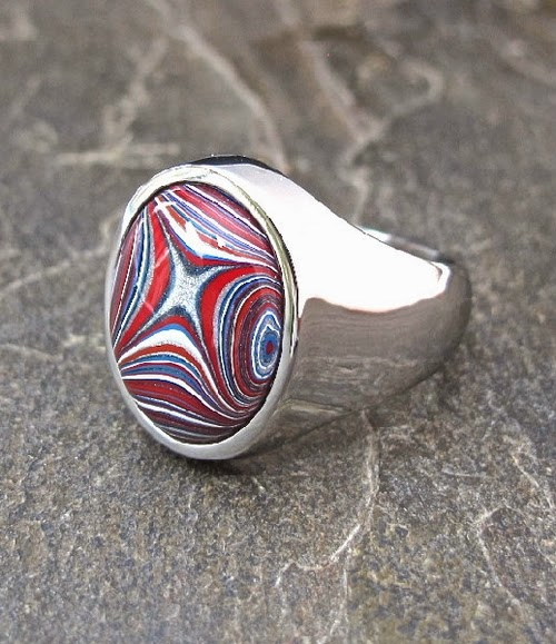 08-Cindy-Dempsey-Motor-Agate-Fordite-Paint-Jewellery-www-designstack-co