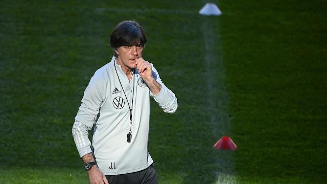 مدير الاتحاد الألماني يتحدث عن مستقبل لوف في تدريب ريال مدريد أو برشلونة