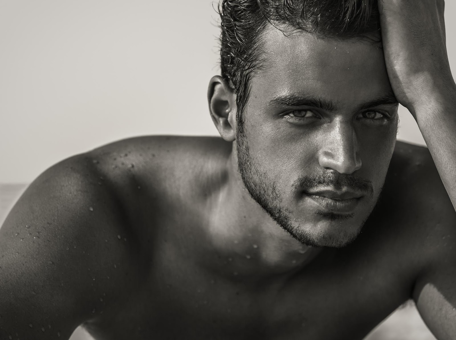 Pageant Junkie: Felipe Vieira Gomez: Shirtless