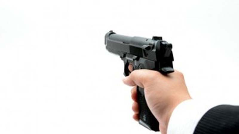 Mantan Polisi Ditembak Karena Menyerang Polisi