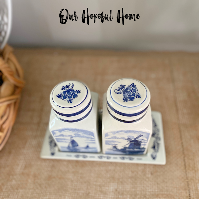 Blue Delft porcelain canisters lid nesting tray