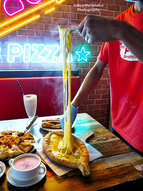 US PIZZA Malaysia Offers Cheese Boat Pizza, Salted Egg Pizza & Sambal Petai Pizza