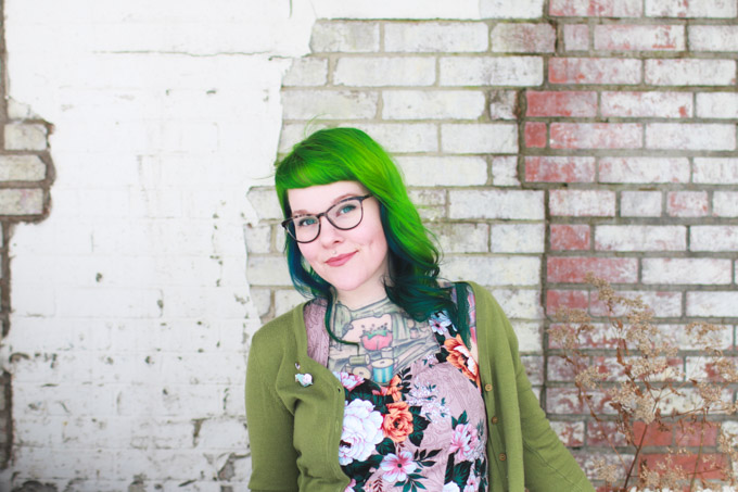 cleveland blogger, green hair, dainty squid