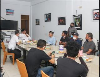 Gubernur Sultra Ali Mazi Gelar Buka Puasa Bersama Wartawan