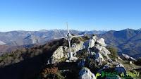Buzón de cima de Peña Riegos, Sobrescobio - Caso