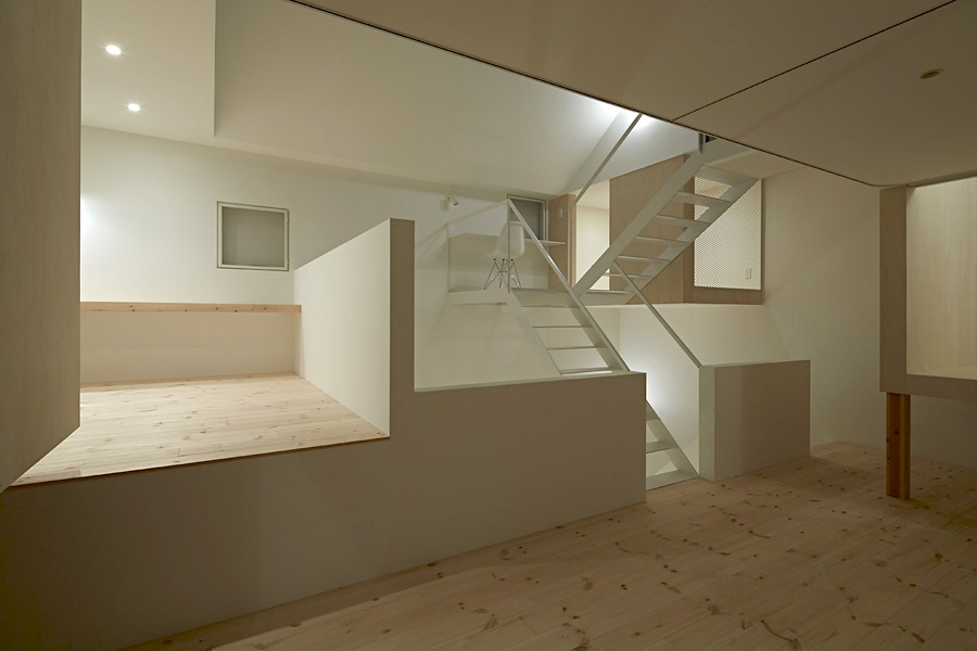 18-A-L-X-Sampei-Junichi-Architecture-Building-that-Envelops-Beauty-www-designstack-co