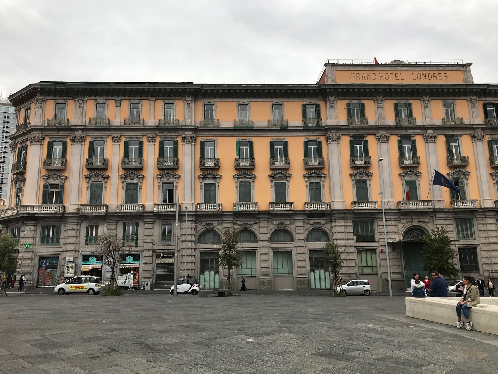 Le Castel Nuovo