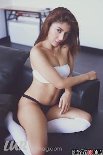 maricon escosis hot bikini pics 02