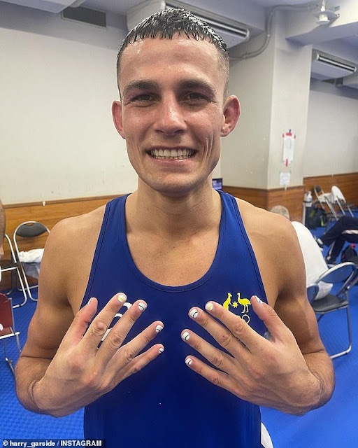 Harry Garside shared a close up of his fresh nails after Wednesday's quarter-final victory