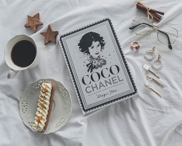 Coco Chanel The Illustrated World of a Fashion Icon -  Megan Hess