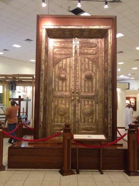 History of the six Holy Kaaba doors over 5000 years - Saudi-Expatriates.com