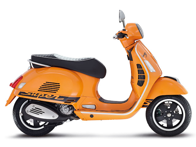 scooters mopeds 2012 vespa gts 125 300 super sport scooters. Black Bedroom Furniture Sets. Home Design Ideas