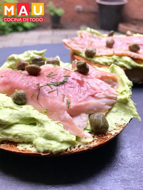 bagels trucha ahumada salmon facil queso crema alcaparras receta