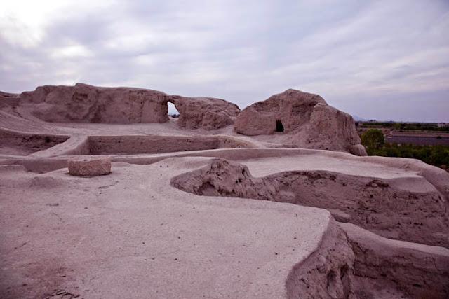 The ruins od Sialk Tepe