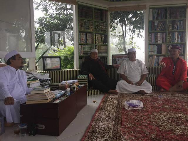 Pengalaman Menyentuh Eks Timses Jokowi, Iwan Piliang saat Berkumpul dengan Habib Rizieq