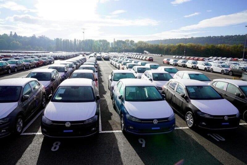 السيارات المستوردة في الجزائر