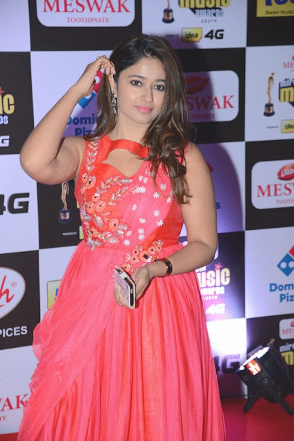 South Indian Actress Poonam Bajwa Sizzling Hot Beautiful Pics Navel Queens