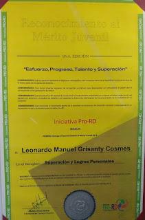 Iniciativa Pro-RD en 9na entrega reconoce al Mérito Juvenil 2019; ingeniero y comunicador Leonardo Grisanty recibe premio en Superación y Logros Profesionales