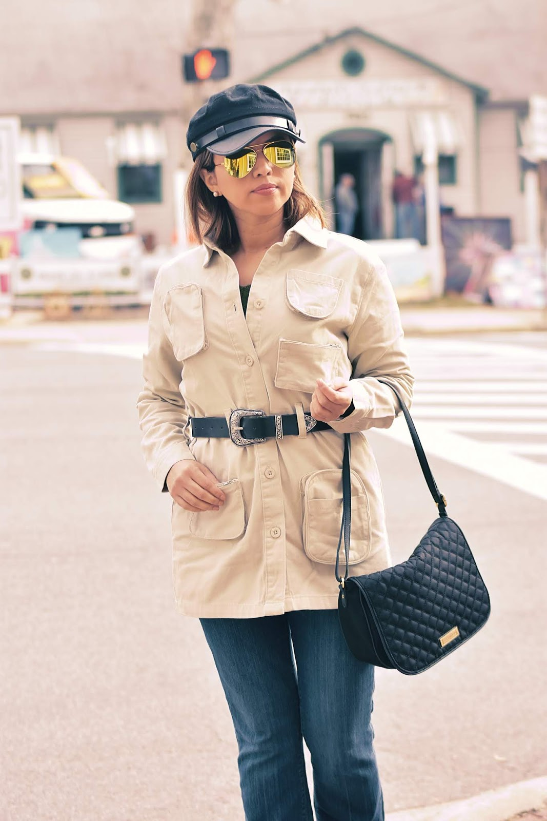 Jeans -Trench Outfit by Mari Estilo-dcblogger-