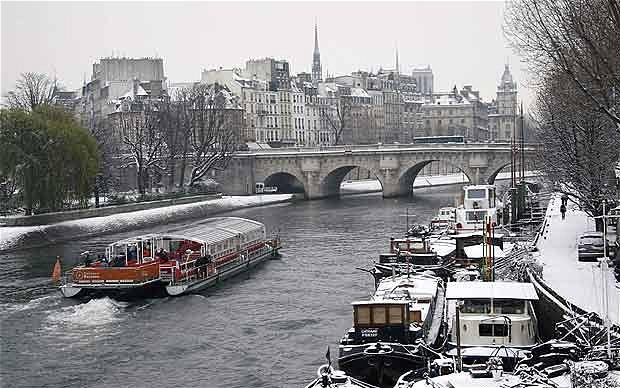 Wallpaper For Girls Room Uk Paris Paris Winter