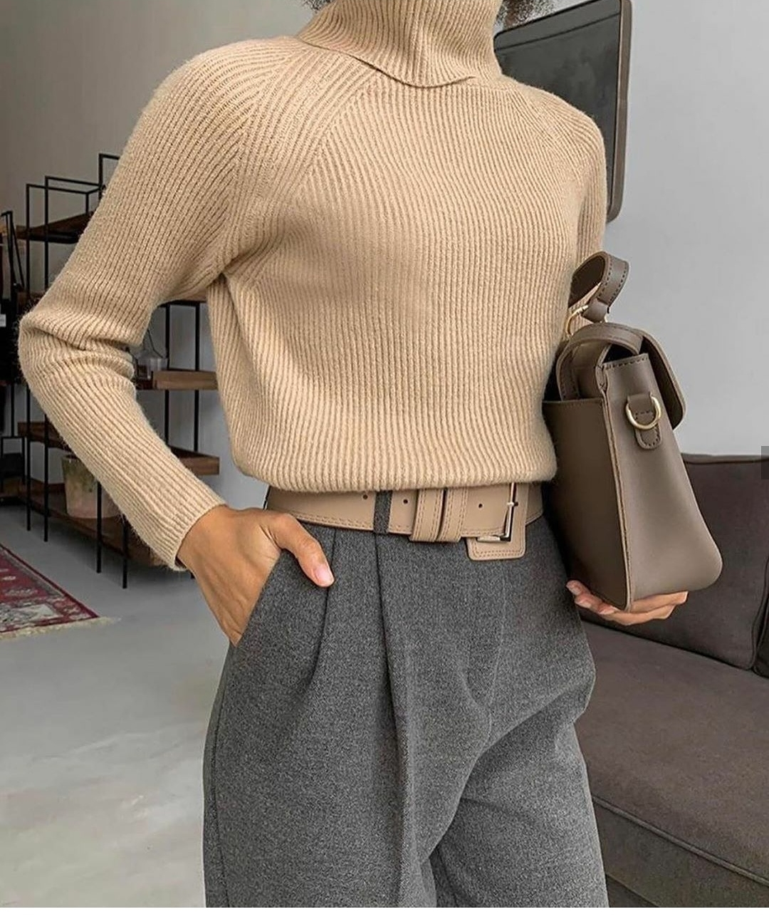 3 Basic Pieces Make the Perfect Chic Outfit