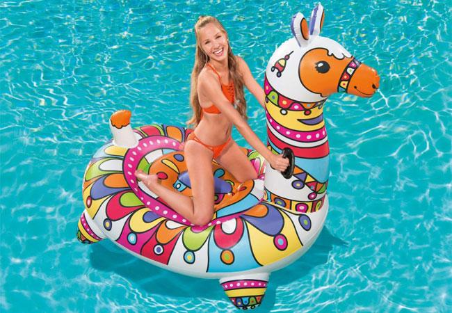 Εντυπωσιακά Φουσκωτά παιχνίδια για τη θάλασσα και την πισίνα