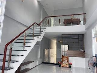 Desain Rumah 5x18 2 Lantai