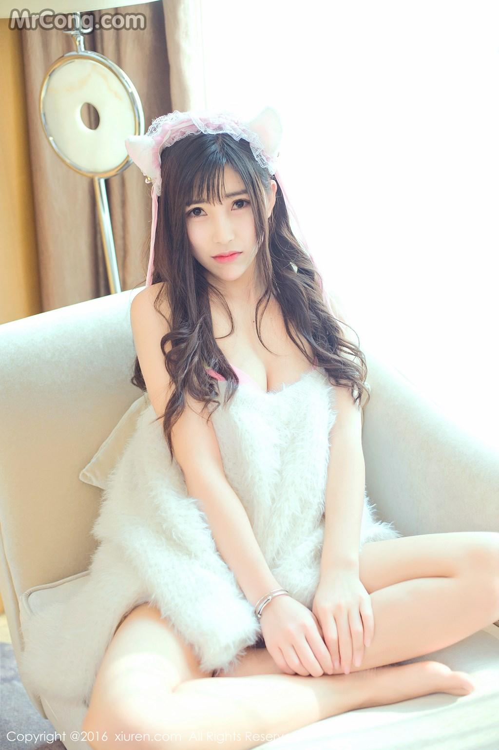 Image MrCong.com-XIUREN-No.649-You-You-YOYO-005 in post XIUREN No.649: Người mẫu You You (悠悠YOYO) (61 ảnh)