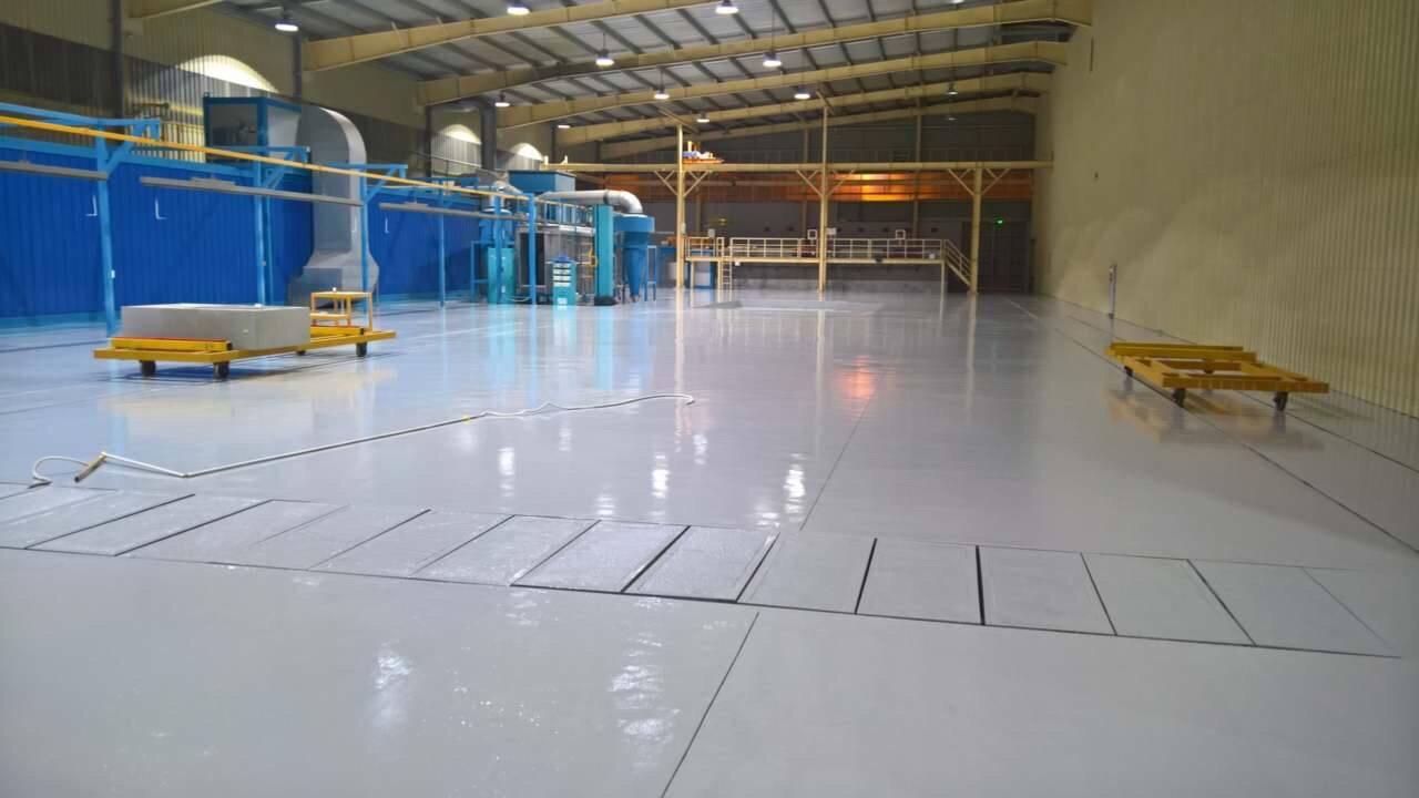 Create rough concrete floor before epoxy coating