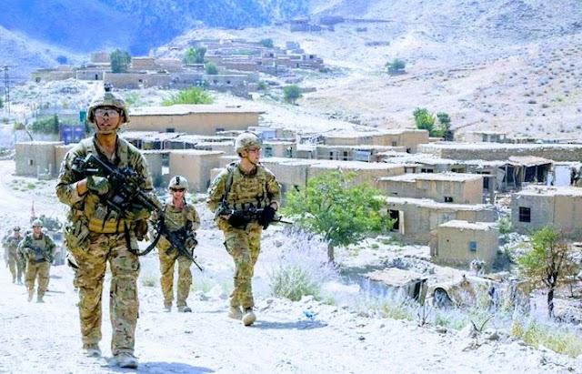 Militares españoles relatan su experiencia con sus pares en Afganistan y el perjuicio del opio al Ejército afgano