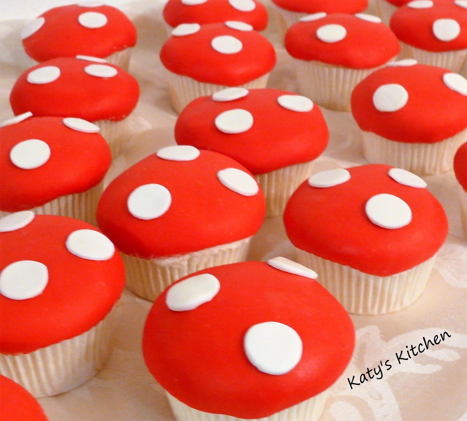 Katy's Kitchen: Mushroom Cupcakes for Woodland Themed Baby ...