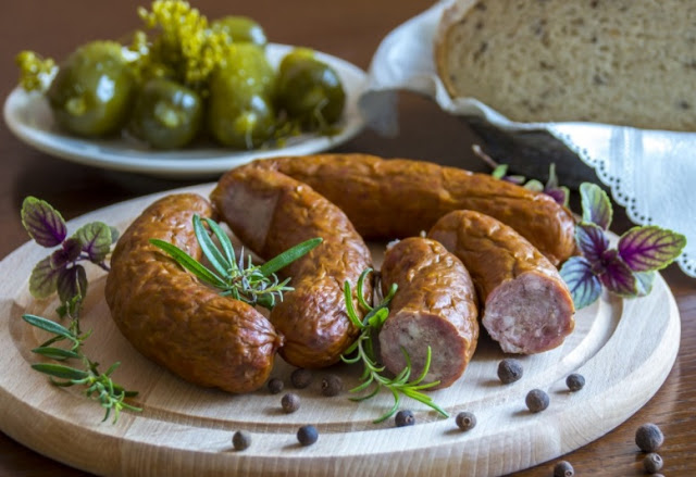 Eating processed meat could increase dementia risk, researchers say
