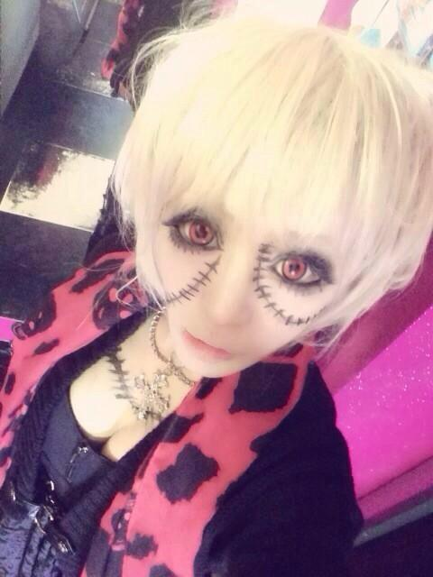 creepy doll gyaru