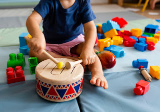Atividade Educação Infantil Traços, sons, cores e formas