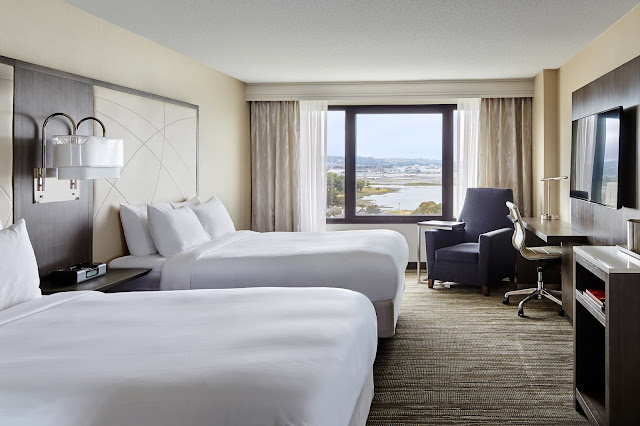 With strategic focus on offering an unbeatable hotel experience, San Francisco Airport Marriott Waterfront features redesigned accommodations that cater to today's tech-savvy travelers. Positioned by the bay, our Burlingame hotel boasts state-of-the-art amenities and complimentary shuttle service to and from a BART subway station and San Francisco International Airport (SFO), just 1 mile away.